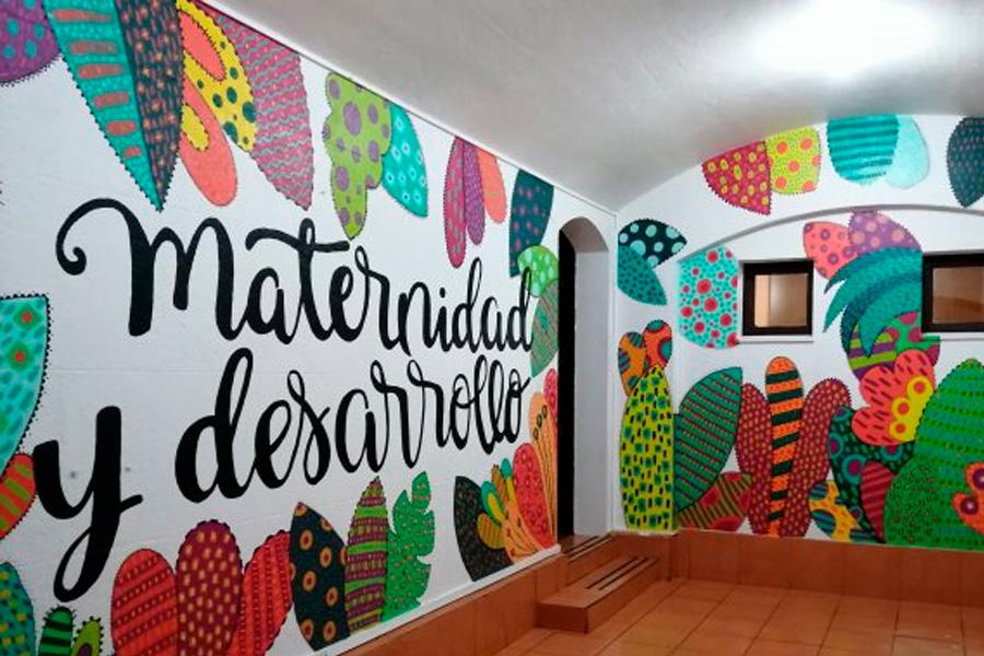 En este momento estás viendo Grupos de voluntarios pintaron parte de nuestro Centro de Atención a la Maternidad